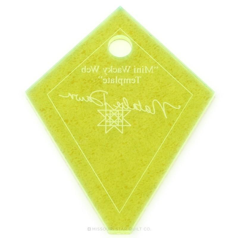 PRAVÍTKA NA PATCHWORK MISSOURI STAR QUILT COMPANY Pravítko Mini Periwinkle (Wacky Web) Template 136 Šablona měří 3,25 x 2,5 inc