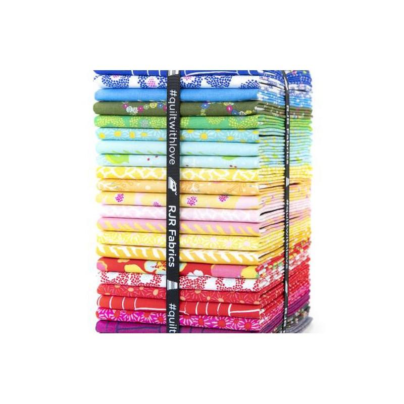 PLAYMAKER  Fat Quarter Bundle 24 ks RJR Fabrics - 1
